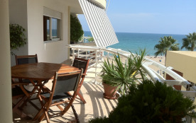 Appartement moderne sur la première ligne de plage