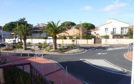 23 avenue Edmond Gratia, 300 m de la plage et 600 m du centre.