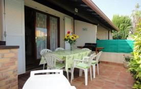 Résidence Santa Marina - Pavillon 3 pièces mezzanine avec piscine et tennis.