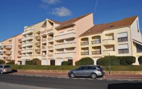 Bel appartement plein Sud - rez de jardin - 100m de la plage