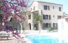 Gîte de caractère avec piscine chauffée 7 chambres entre mer et Cévennes ,20 km de Montpellier