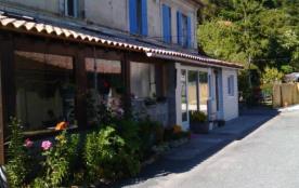 Jolie Maison de vacances avec jardin à Mortagne
