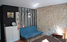 Appartement typiquement Parisien /092
