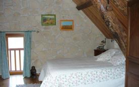 chambre N°2 lit 140 2 personnes