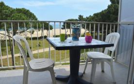 Appartement 2 pièces de 48 m² environ pour 4 personnes situé en front de mer, avec un accès direc...