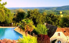 SPLENDID DORDOGNE VALLEY VIEW.  Studio chic 3km de SARLAT.  piscine panoramique de 25m. - Sarlat-la-Canéda