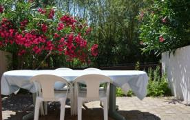 Villa 4 pièces de 60 m² environ pour 5 personnes situé à 500 m de la plage et à 800 m du centre d...