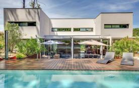 squarebreak, Superbe maison d'architecte dans la pinède au Cap
