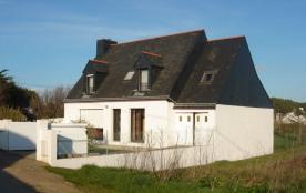 Maison sur l'île de Groix près des plages
