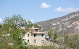 GITES  A LA FERME DES AYGUES en drome provençale au cœur du parc  régional des baronnies