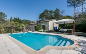 squarebreak, Villa de standing avec piscine à Mougins