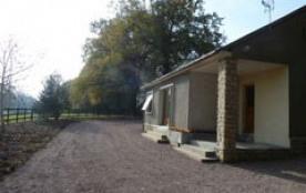 Situé au cœur des paddocks d'un élevage de chevaux, la « Petite Maison » vous attend pour une détente certaine dans l...
