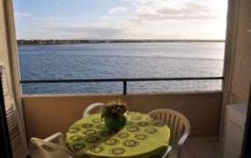 Beau T2, belle vue, au bord de l'eau, Barcares.