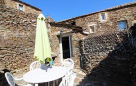 Ancienne magnanerie, au cœur des Cévennes ardéchoises, à proximité du Gard et de la Lozère.