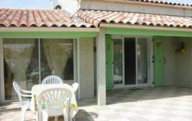 Port-la-Nouvelle (11) - Quartier des Lacs - Résidence Les Perles d'Azur. Pavillon 3 pièces mezzan...