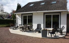 """""""Maison dans un écrin de verdure en Baie de Somme proche de Saint-Valery"""