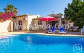 Cette villa avec piscine sur la Costa Blanca est