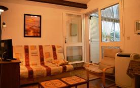 Appartement 2 pièces mezzanine de 34 m² environ pour 6 personnes, au premier étage et à l'entrée ...