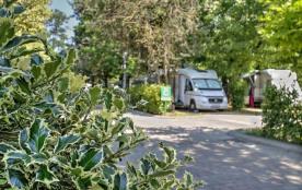 Village Flaminio Bungalow Park Camping****, 300 emplacements, 150 locatifs