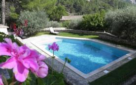 villa provençale en lisière de forêt. - Fontaine de Vaucluse