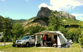 Castel Les Princes d'Orange, 66 emplacements, 34 locatifs