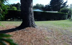 terrain privatisé p/3 propriétaires permettant aux enfants de jouer à proximi...