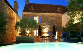 La Bergerie du Village est une maison de vacances en pierre naturelle qui est très agréable et située au cœur de la D...