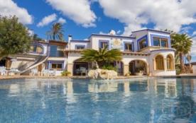 Villa AB OCEA