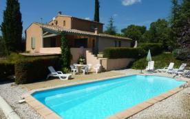 Gîtes de France Les Crottes. Maison indépendante près d'un village avec piscine privée (9.5 x 4.5...