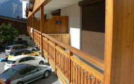 Balcon + parking réservé à la résidence