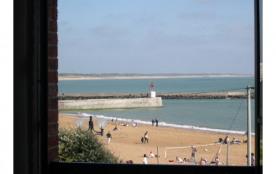 Villa à louer 18 personnes à 25m de la plage