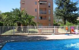 Appartement de 3 pièces dans résidence avec piscine Sainte-Maxime Golfe de Saint-Tropez Ref F339
