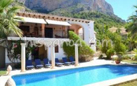 A louer jolie villa pour 8 avec piscine privée sur la costa blanca |5088