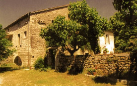 Detached House à BERRIAS ET CASTELJAU