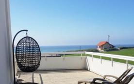 Joli T2 avec grande terrasse face mer (051)