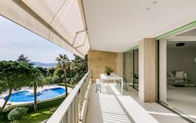 squarebreak, Luxueux appartement vue mer, sur les hauteurs