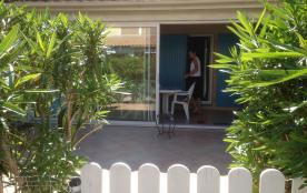 villa T3 tout confort située dans la residence le clos de socorro avec piscine