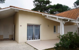Jolie Maison mitoyenne avec jardin et terrasse (049)