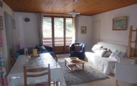 Appartement de 59m² dans une résidence située à 100 m des pistes et des commerces au quatrième ét...