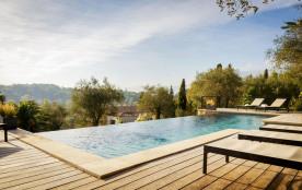 squarebreak, Prestigious Bastide in hinterland of Cannes