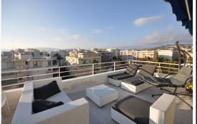Terrasse penthouse 30 m2, aperçu mer