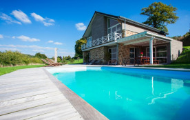 Gîte de vacances avec piscine pour 13 pers. à Stoumont