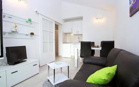 Appartement pour 3 personnes à Brodarica/Žaborić