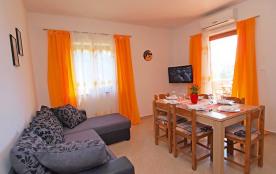 Appartement pour 3 personnes à Pakoštane/Drage