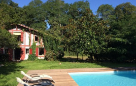 A proximité d'Hossegor, sur la commune d'Orx, au calme, sur un parc 1 ha, belle maison de 220 m² ...