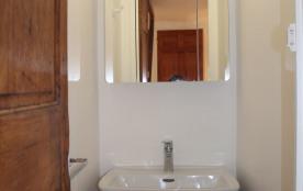 un lavabo privatif dans chaque chambre azur et Magenta