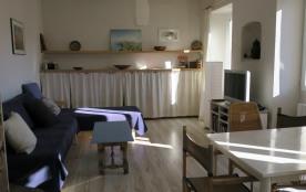 appartement calme et ensoleillée dans maison de village