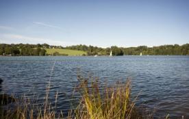 Parc Camping DU LAC, 200 emplacements, 10 locatifs