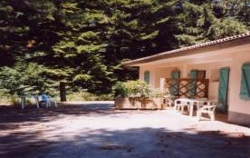 FR-1-359-48 - Village de gîtes de Montredon