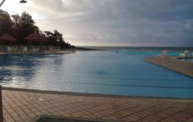 studio de charme dans parc avec piscine et plage 3/4 personnes - Saint François
